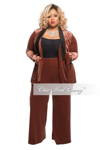 Final Sale Plus Size 2-Piece Velvet Lounge Set with Tie in Rust
