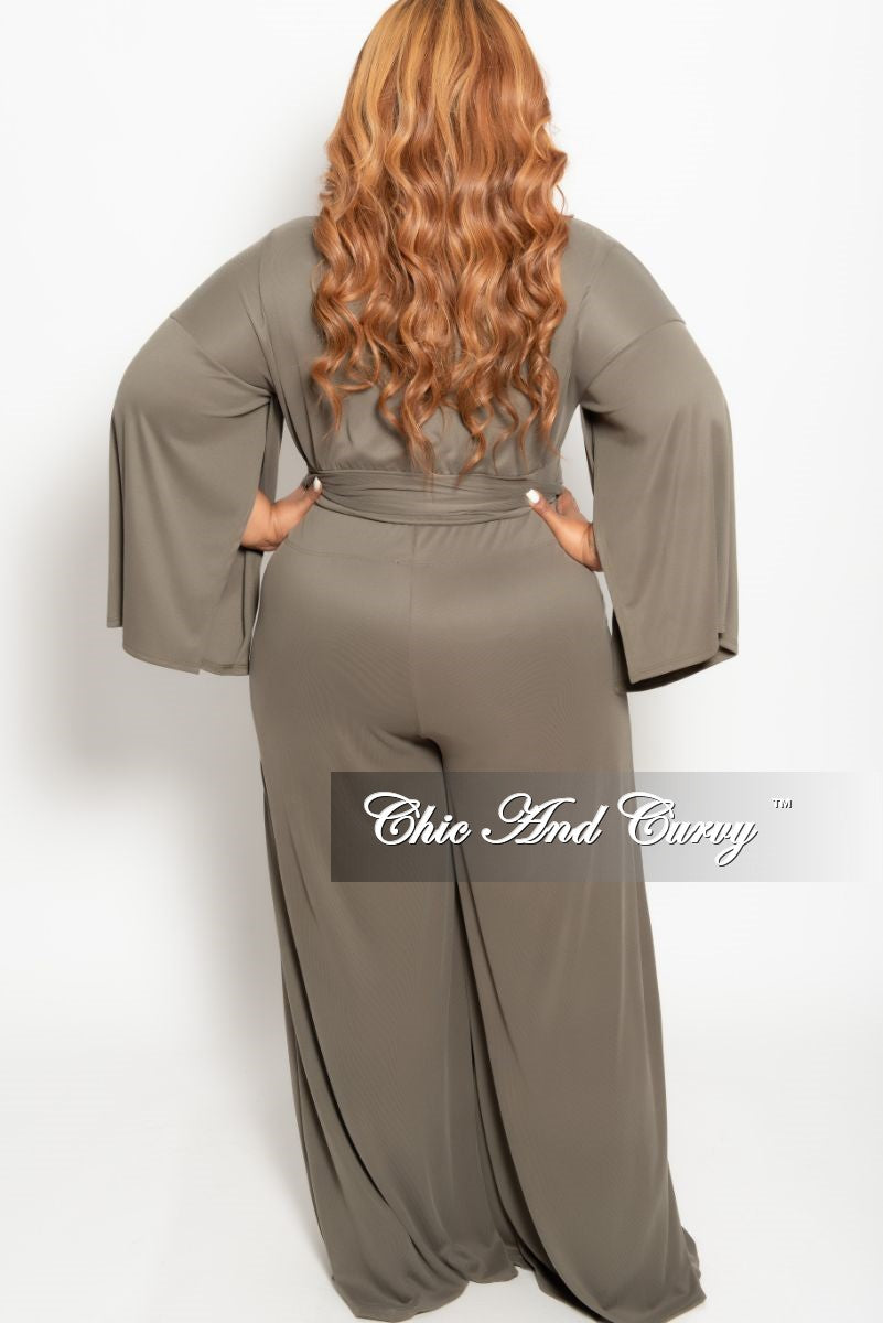 New Plus Size 2-Piece Slit Sleeves Top and Pants with Tie Set in Olive