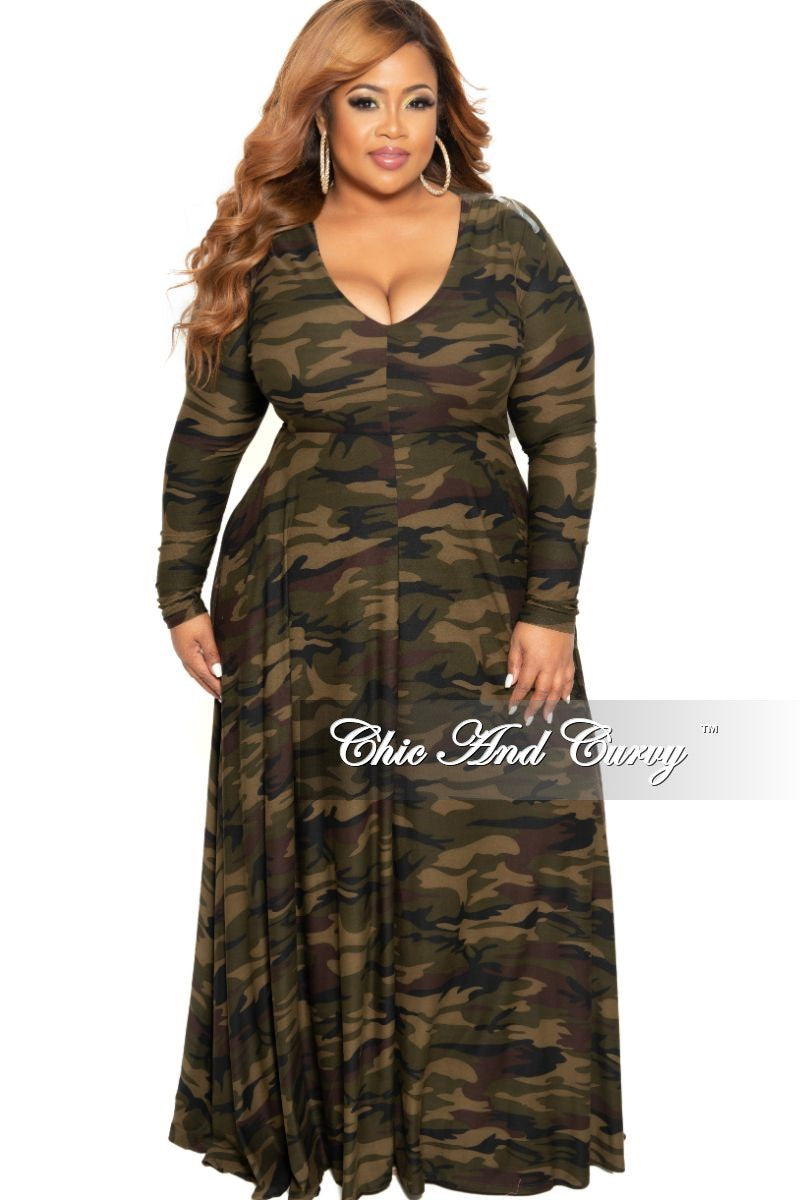 New Plus Size Long Sleeve Gown with V-Neck in Dark Camouflage Print
