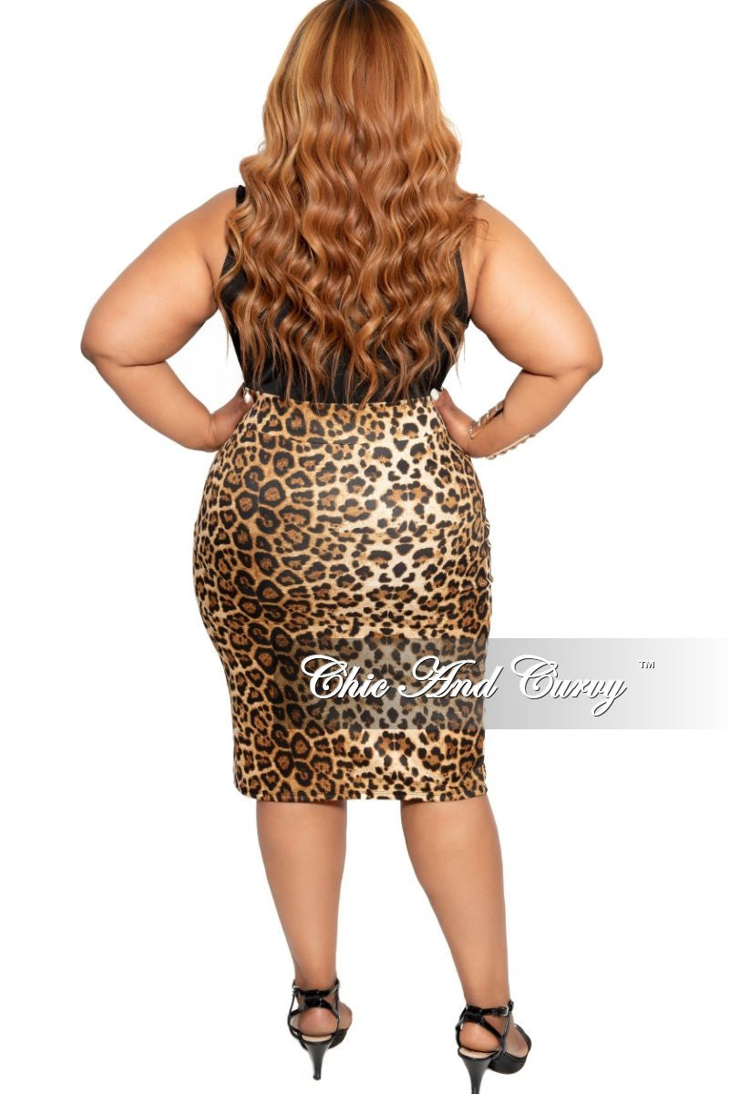 Final Sale Plus Size Pencil Skirt in Animal Print
