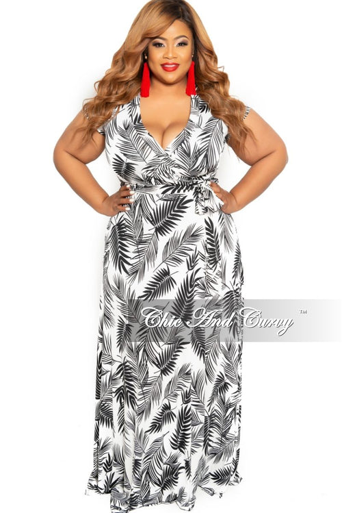 2b4062a4107 Final Sale Plus Size Faux Wrap Maxi Dress in White and Black Leaf Print
