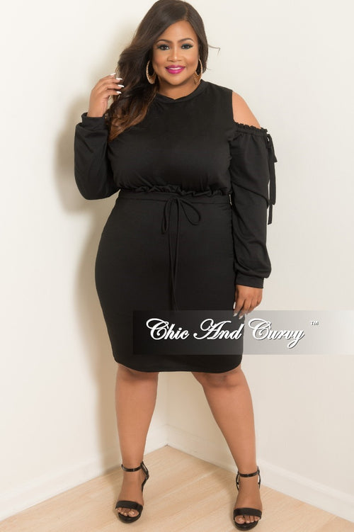 New Plus Size 2-Piece Cold Shoulder Top and Skirt Set in Black
