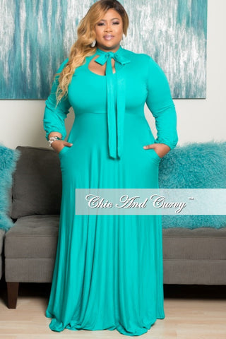 New Plus Size Long Dress with Long Sleeve with Neck Bow Tie in Mint