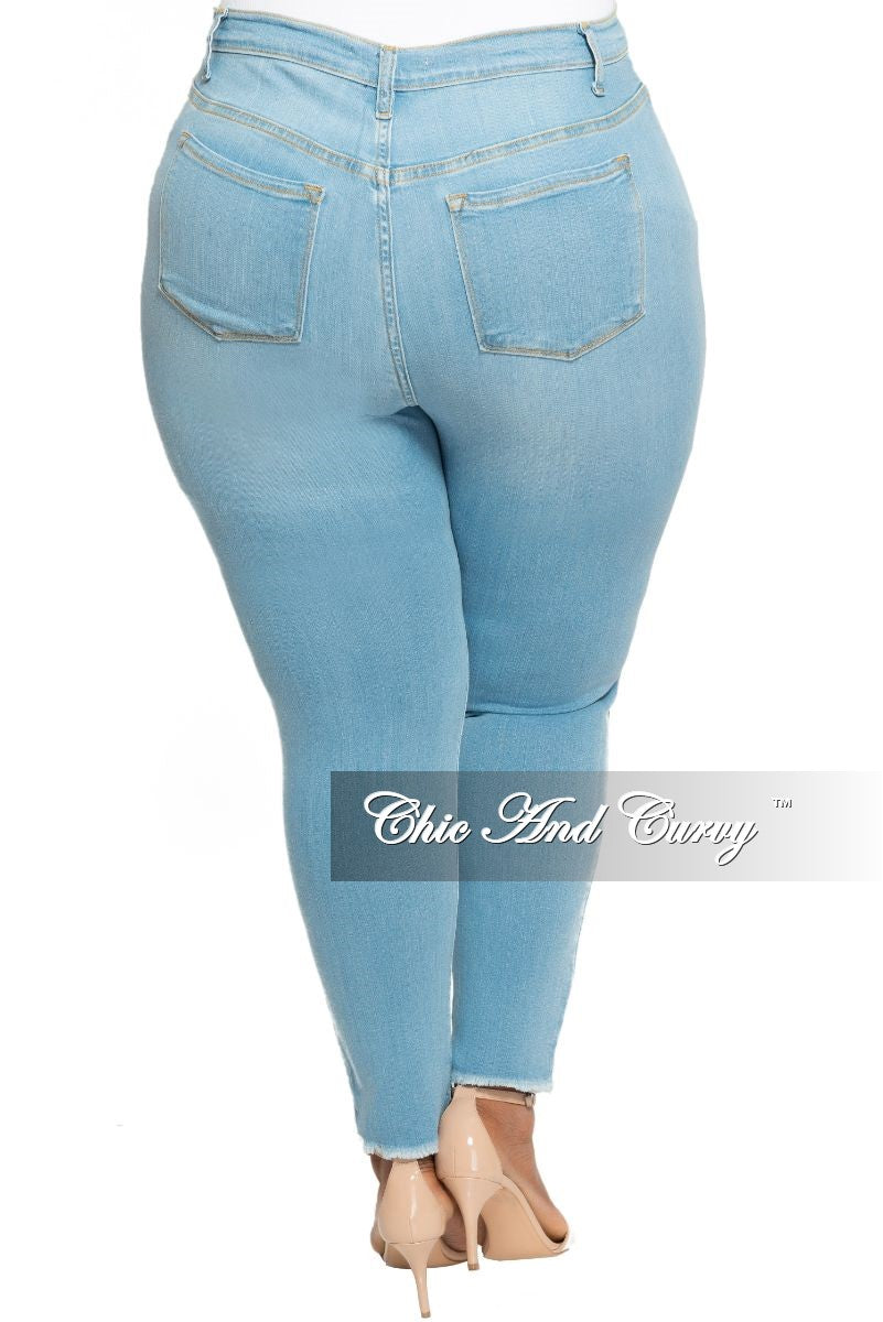 New Plus Size Jeans in Light Denim