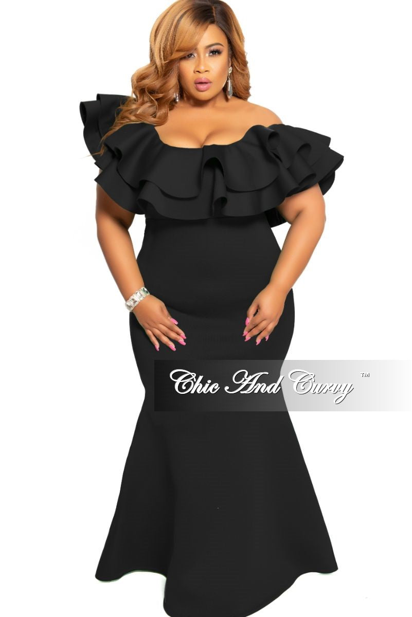 Final Sale Plus Size Spaghetti Strap Ruffle Long Gown in Black