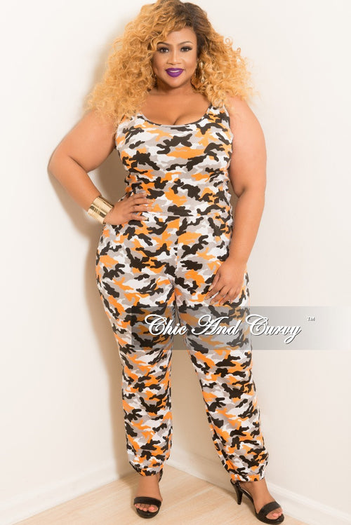 New Plus Size 2-Piece Sleeveless Cropped Top and High Waist Pants Set in Orange Camouflage Print