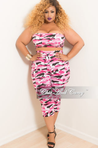 Final Sale Plus Size Sleeveless Mesh Dress in Black Floral Print