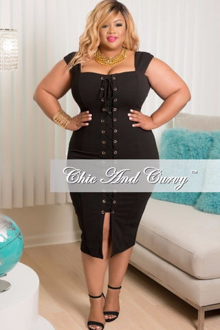 New Plus Size Sleeveless Dress with Front Lace Up Tie in Black