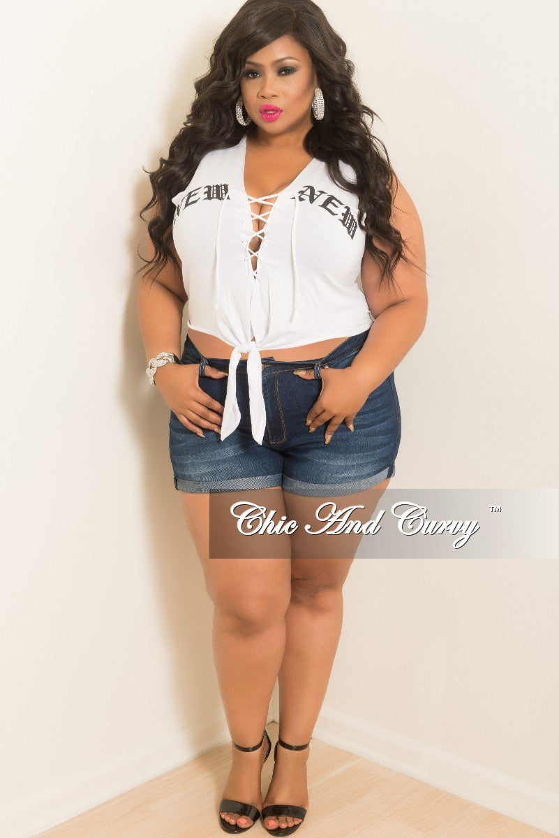 Final Sale Plus Size Sleeveless New New Printed Lace-Up Tie Top in White and Black