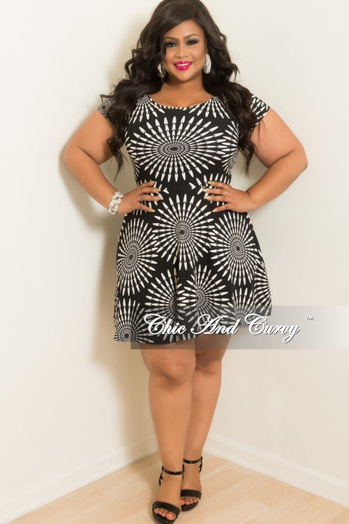 Final Sale Plus Size Baby Doll Dress in Black and White Circular Print