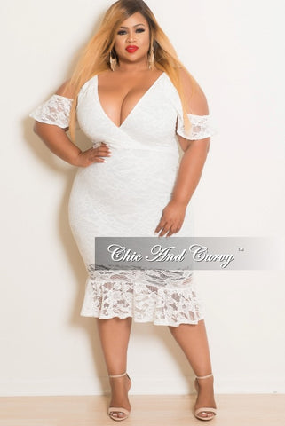 Final Sale Plus Size Lace Deep V-Neck Spaghetti Strap Off the Shoulder BodyCon Dress with Bottom Ruffle in Off White