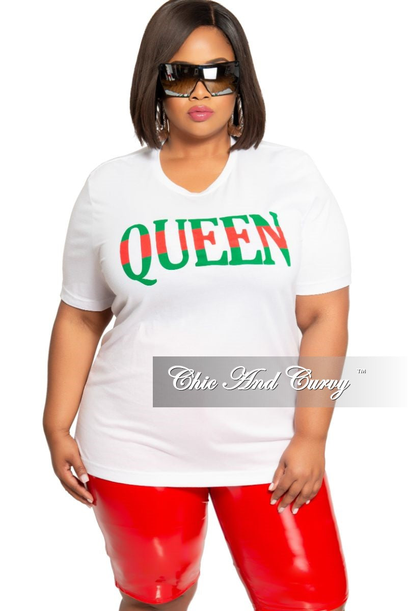 Final Sale Plus Size Short Sleeve Queen Print Top in White Green and Red