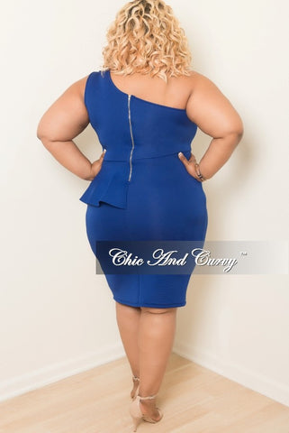 New Plus Size One Shoulder BodyCon Ruffle Dress with Front Slit in Royal Blue