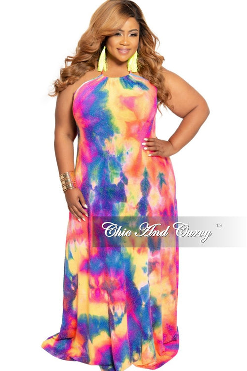 Final Sale Plus Size Shimmer Low Back Halter Maxi Dress in Abstract Design Print