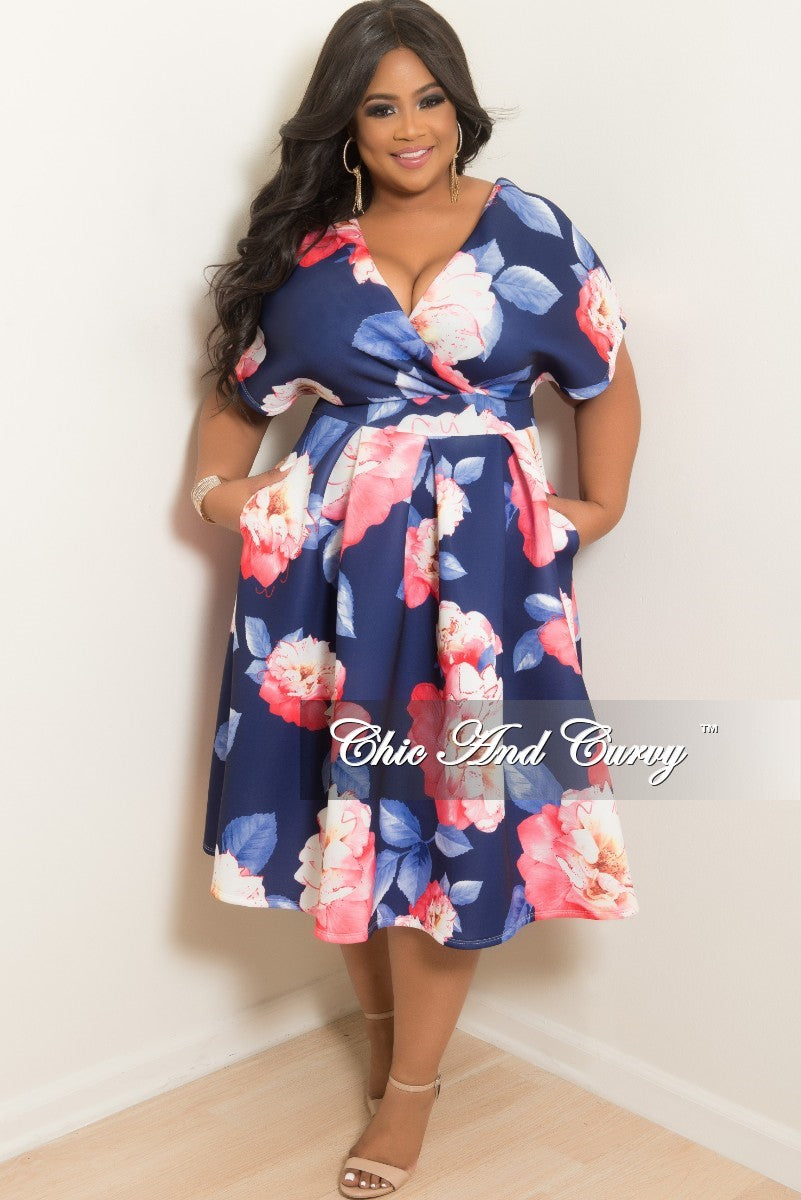 Final Sale Plus Size Short Sleeve Dress with Back Gold Zipper in Navy and Pink Floral Print