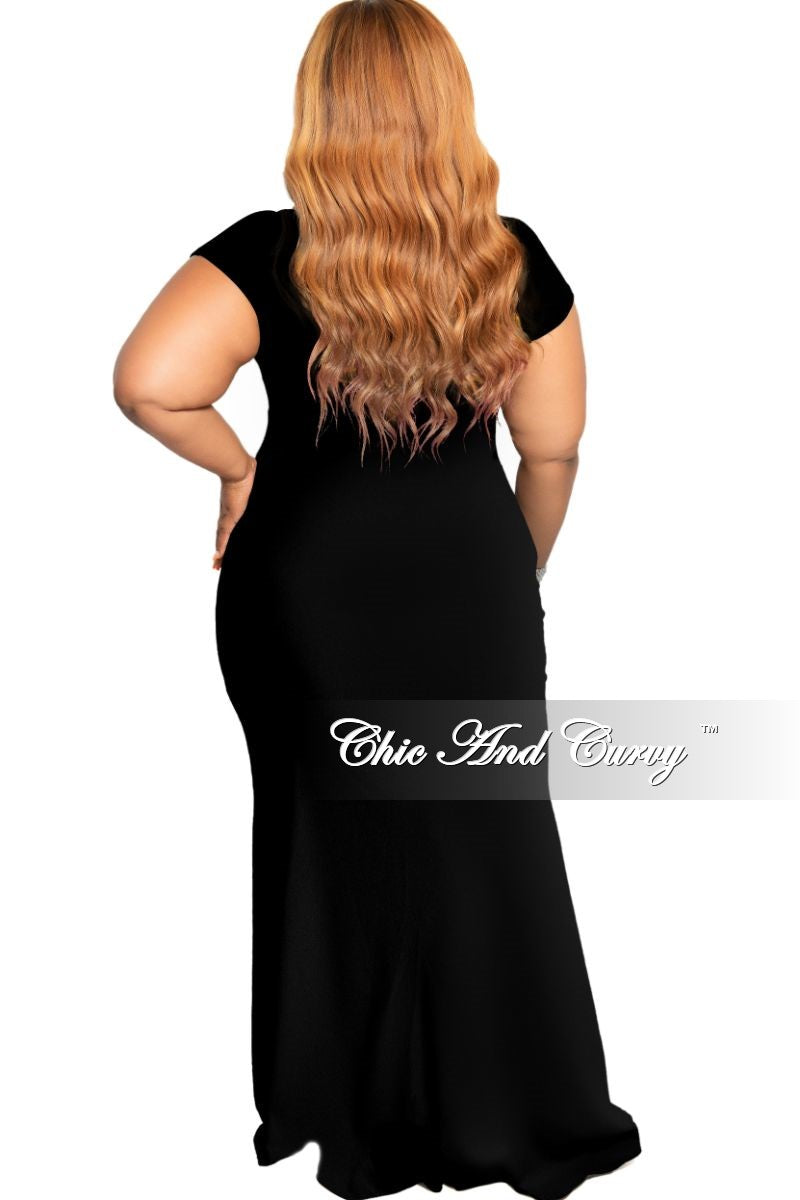 New Plus Size Chic And Curvy Exclusive Ruched Maxi Dress in Black