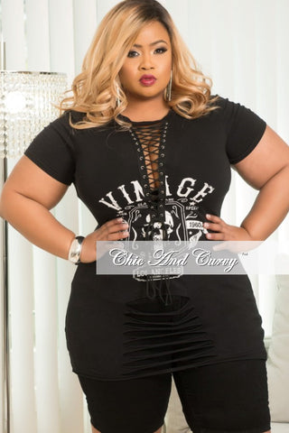 New Plus Size Distressed T-Shirt in Black