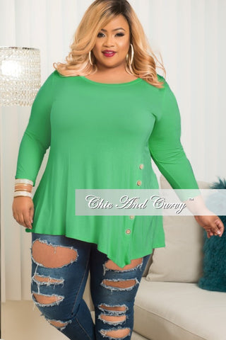 New Plus Size Long Sleeve Top with Side Button in Kelly Green