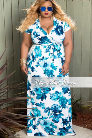 Final Sale Plus Size Short Sleeve Faux Wrap Dress In White and Blue Floral Print