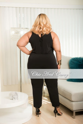 New Plus Size Sleeveless Halter Jumpsuit in Black