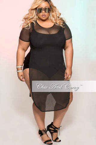 Final Sale Plus Size Short Sleeve Sheer Cover Up in Black
