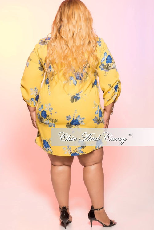 Final Sale Plus Size 3/4 Sleeve Knee Length Dress in Mustard and Blue Floral Print