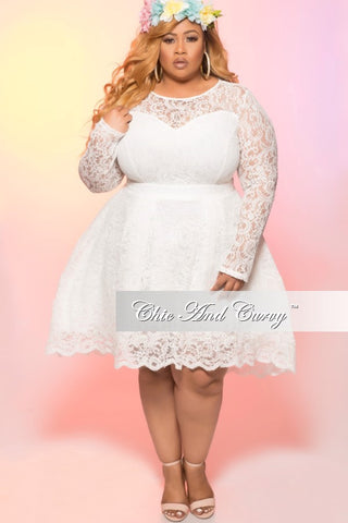 Final Sale Plus Size Long Sleeve Lace Dress in Ivory