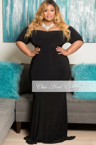 New Plus Size Off the Shoulder BodyCon Gown with Half Sleeves in Black
