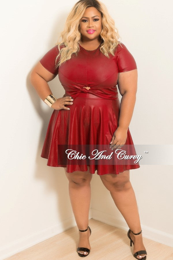 98156e2b75 Final Sale Plus Size Liquid Skater 2-piece Set with Knot Front in Red –  Chic And Curvy