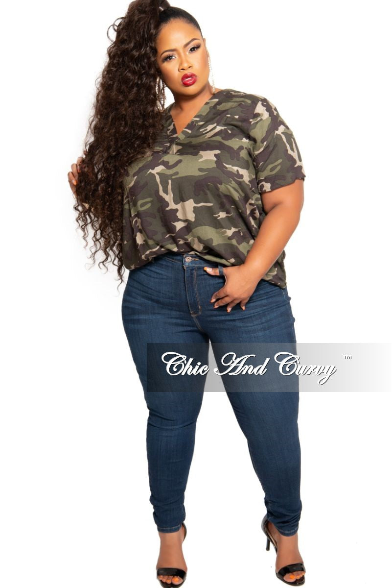 Final Sale Plus Size V-Neck Top in Camouflage Print