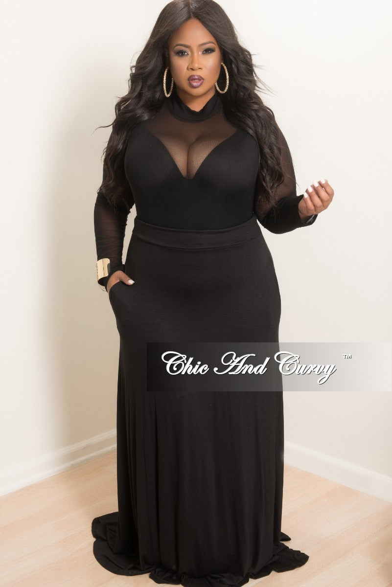 Final Sale Plus Size Long Light Weight Maxi Skirt in Black