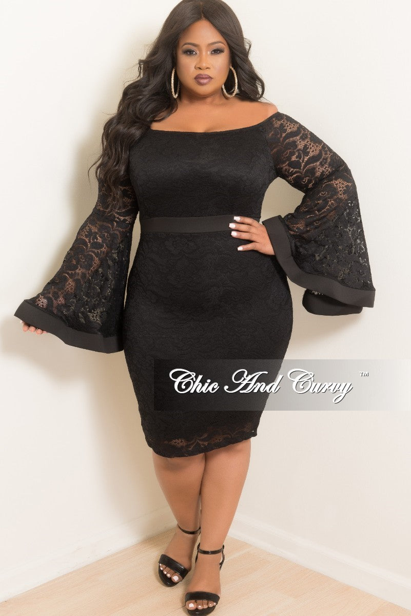 Final Sale Plus Size Off the Shoulder Bell Sleeve Lace Dress with Back  Bottom Slit in Black