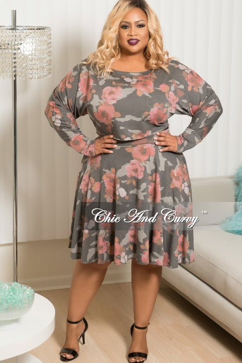 Final Sale Plus Size Floral 2 Piece Top and Skirt Set in Grey & Pink