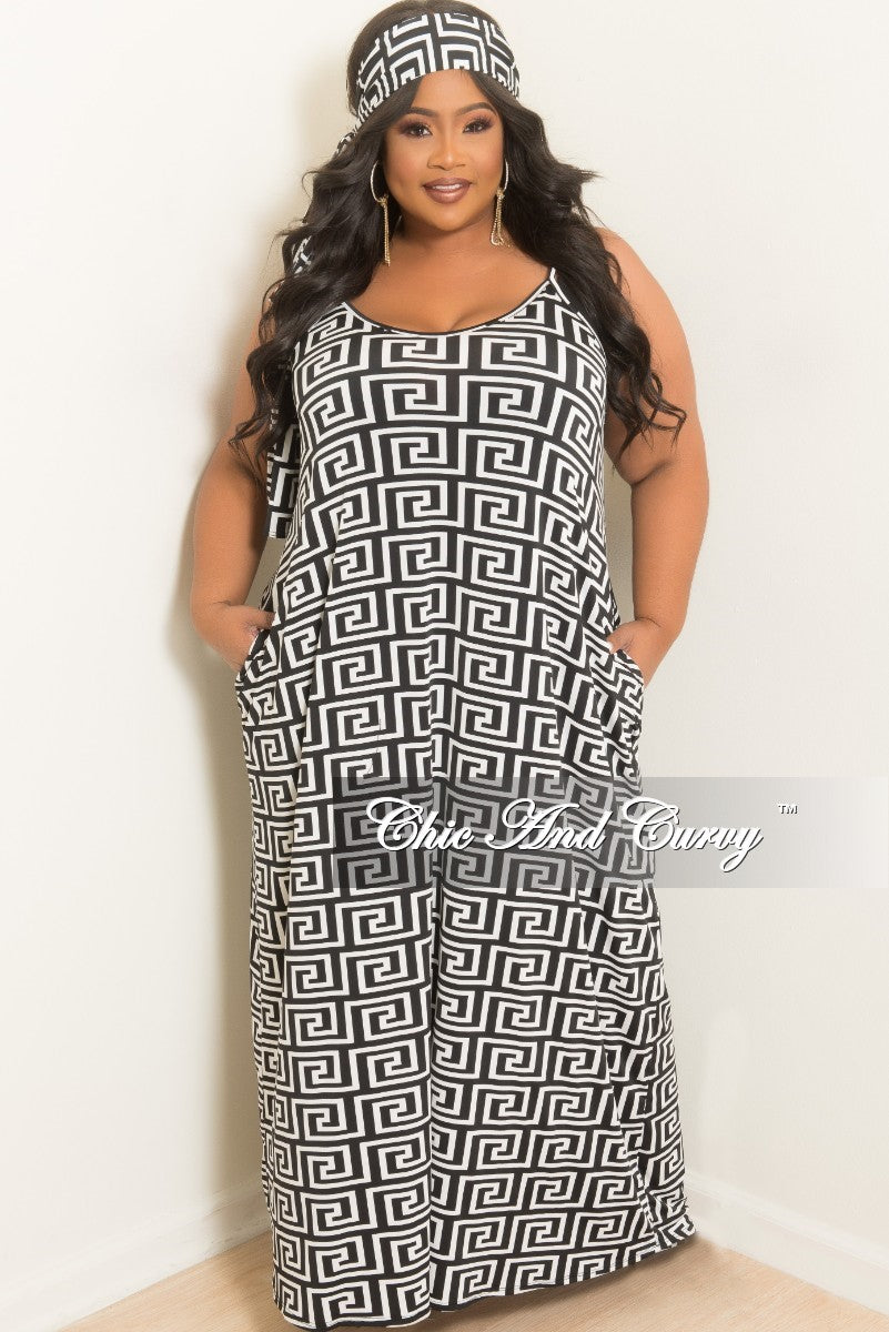 New Plus Size Spaghetti Strap Long Dress with Matching Head Wrap in Black and White Maze Print