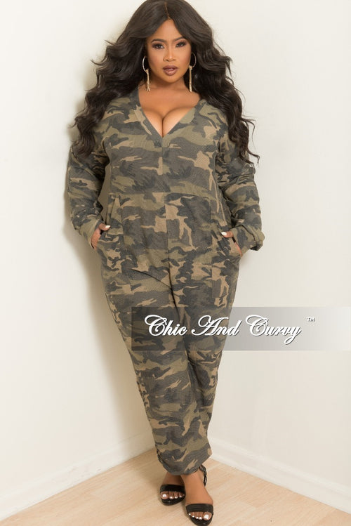 New Plus Size Deep V-Neck Oversized Jumpsuit with Front Pockets in Camouflage Print