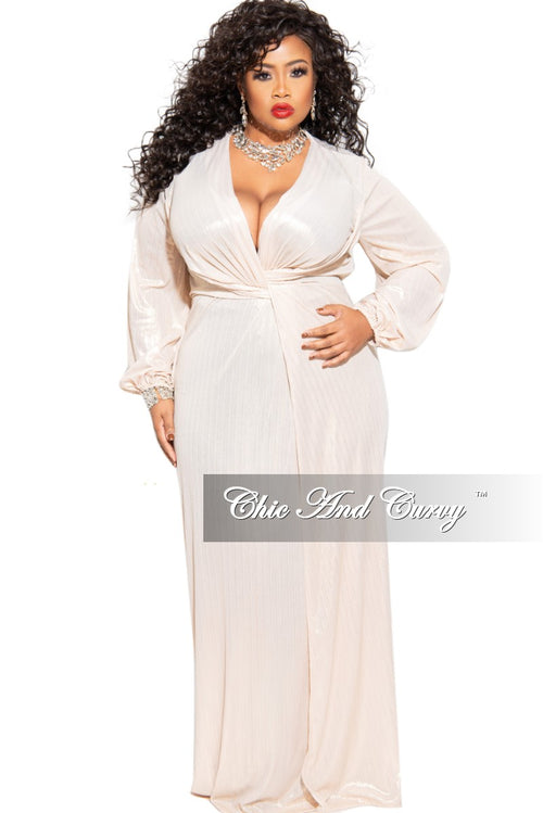 Final Sale Plus Size Long Sleeve Deep V-Neck Gown in Gold (Seasonal)