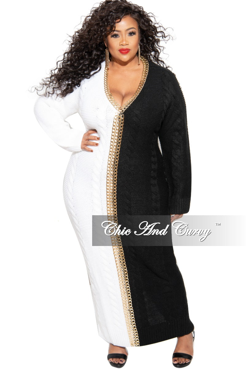 Final Sale Plus Size Half & Half Oversized Sweater Dress with Chain Details in Ivory & Black