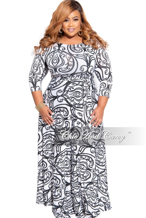 Final Sale Plus Size 3/4 Sleeve Pocket Tie Maxi in White with Black Paisley Print