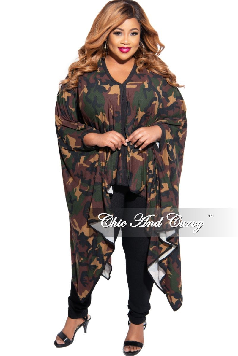 Final Sale Plus Size Oversized High-Low Top in Camouflage