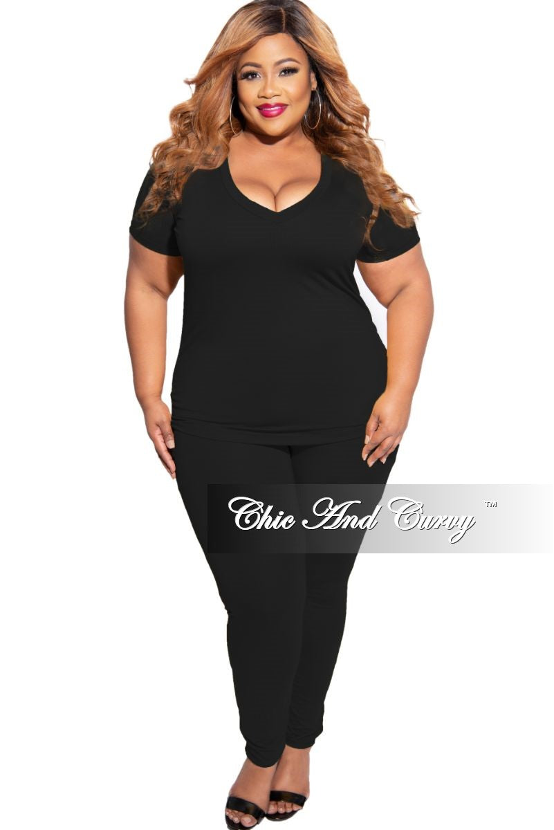 New Plus Size 2-Piece V-Neck Top and Legging Set in Black