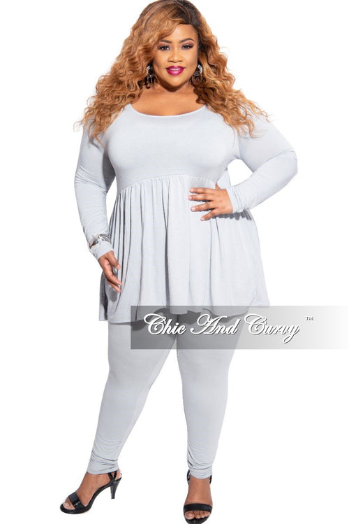 New Plus Size 2-Piece Baby Doll Top and Legging Set in Grey