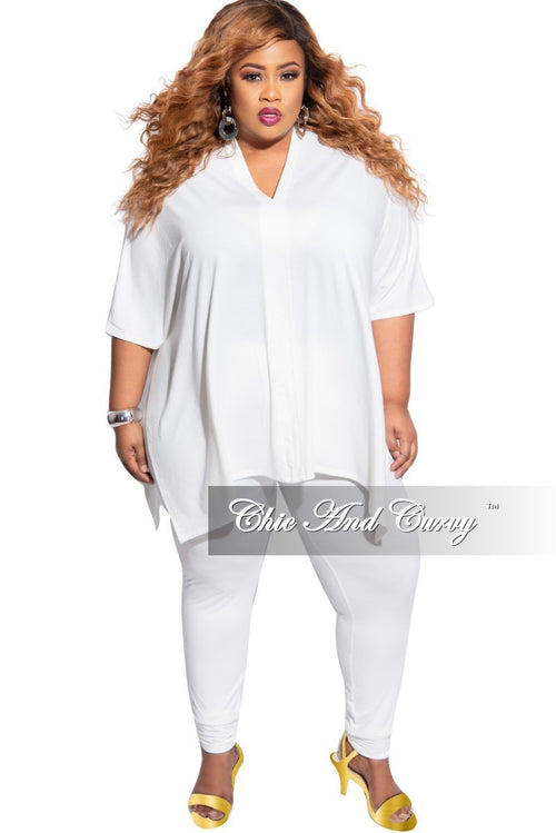 Final Sale Plus Size 2-Piece V-Neck Tunic Top and Matching Legging Set in Ivory