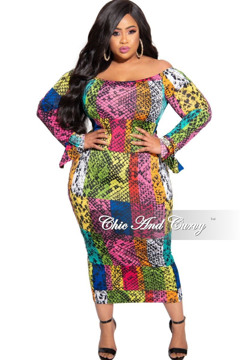 New Plus Size Off the Shoulder BodyCon Midi Dress with Slit Sleeves in Multi Color Snake Print