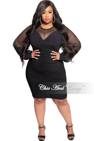 New Plus Size Colorblock Dress in Black and Red Maze Print