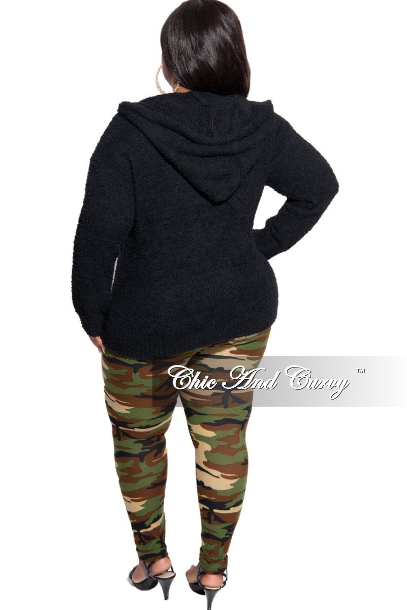 Final Sale Plus Size Leggings in Camouflage Print
