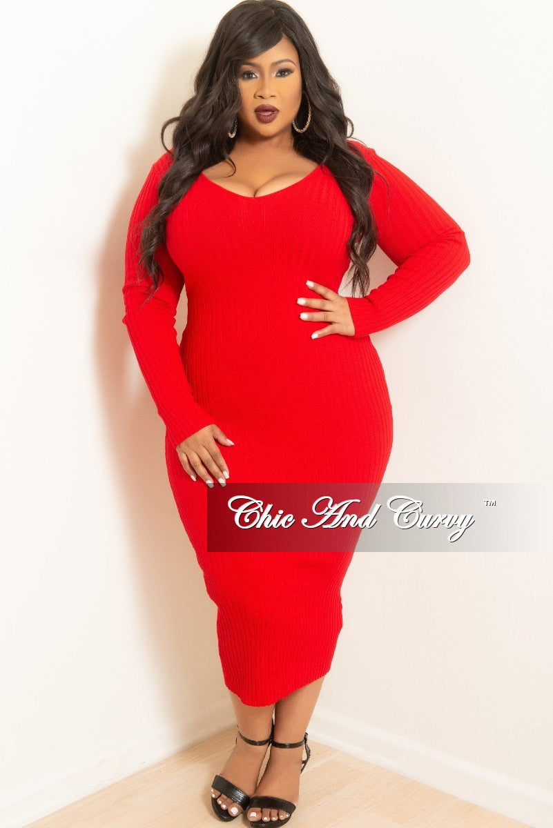 New Plus Size Ribbed Knit Dress in Red