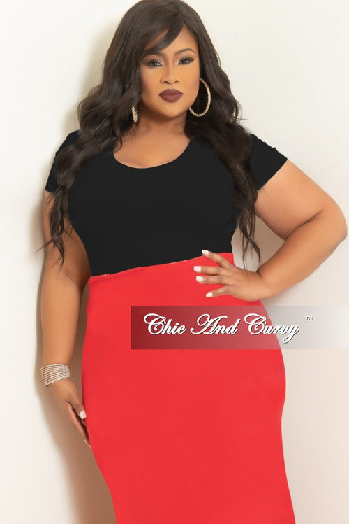 Final Sale Plus Size Seamless Basic Short Sleeve Top in Black