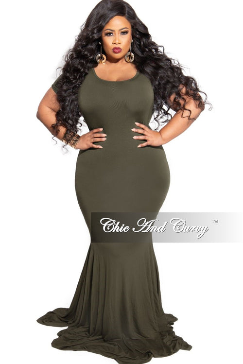 New Plus Size Exclusive Chic And Curvy Short Sleeve Mermaid Dress in Olive