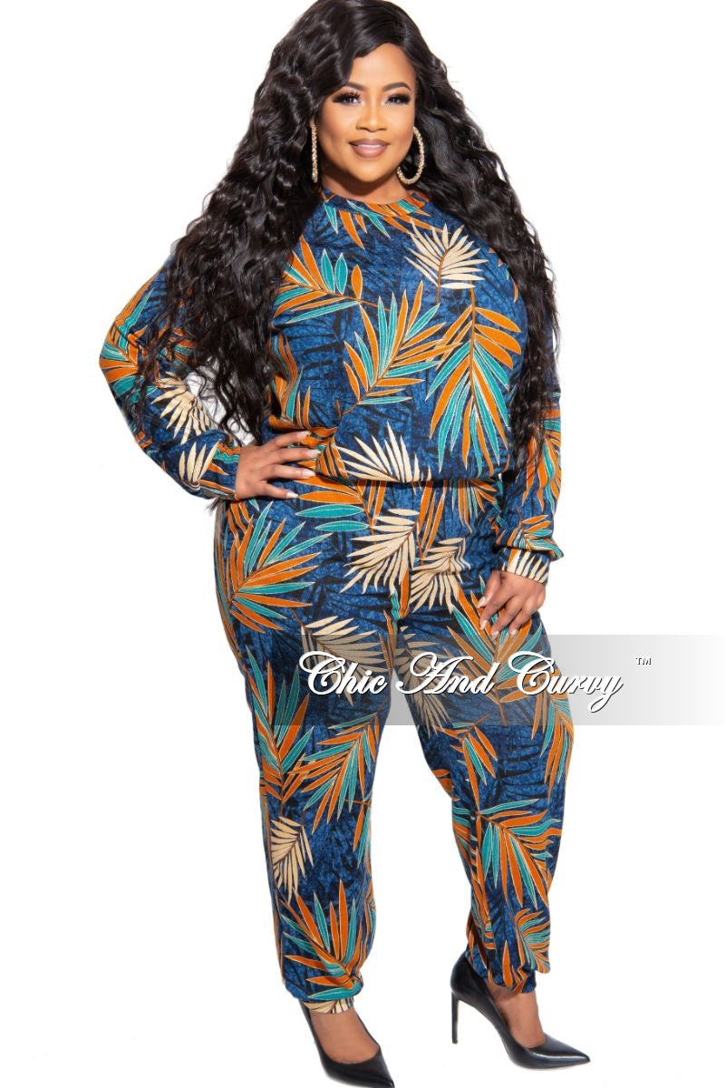 New Plus Size 2-Piece Long Sleeve Top and Pants Set in Navy Multi Color Leaf Print