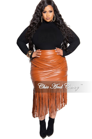 New Plus Size Pencil Skirt in Black